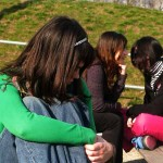 Bullismo femminile: ragazze che aggrediscono ragazze